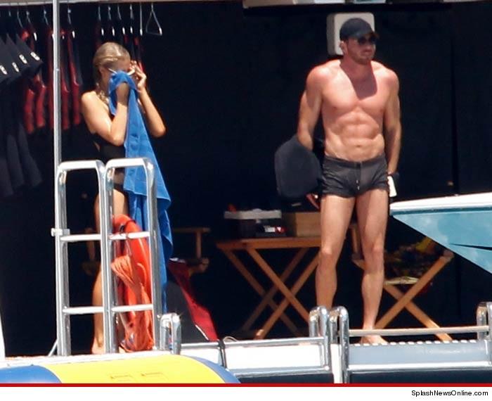 Paris Hilton New BF